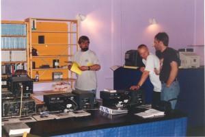 Videobaren indrettes på Odense Filmfestival 1999